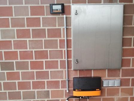Elektro-Weidezaun Weidezaungerät mit Überwachung
