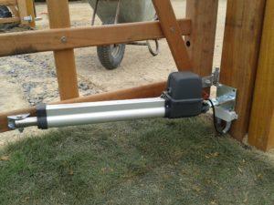 Torantrieb Doppeltor Hartholz