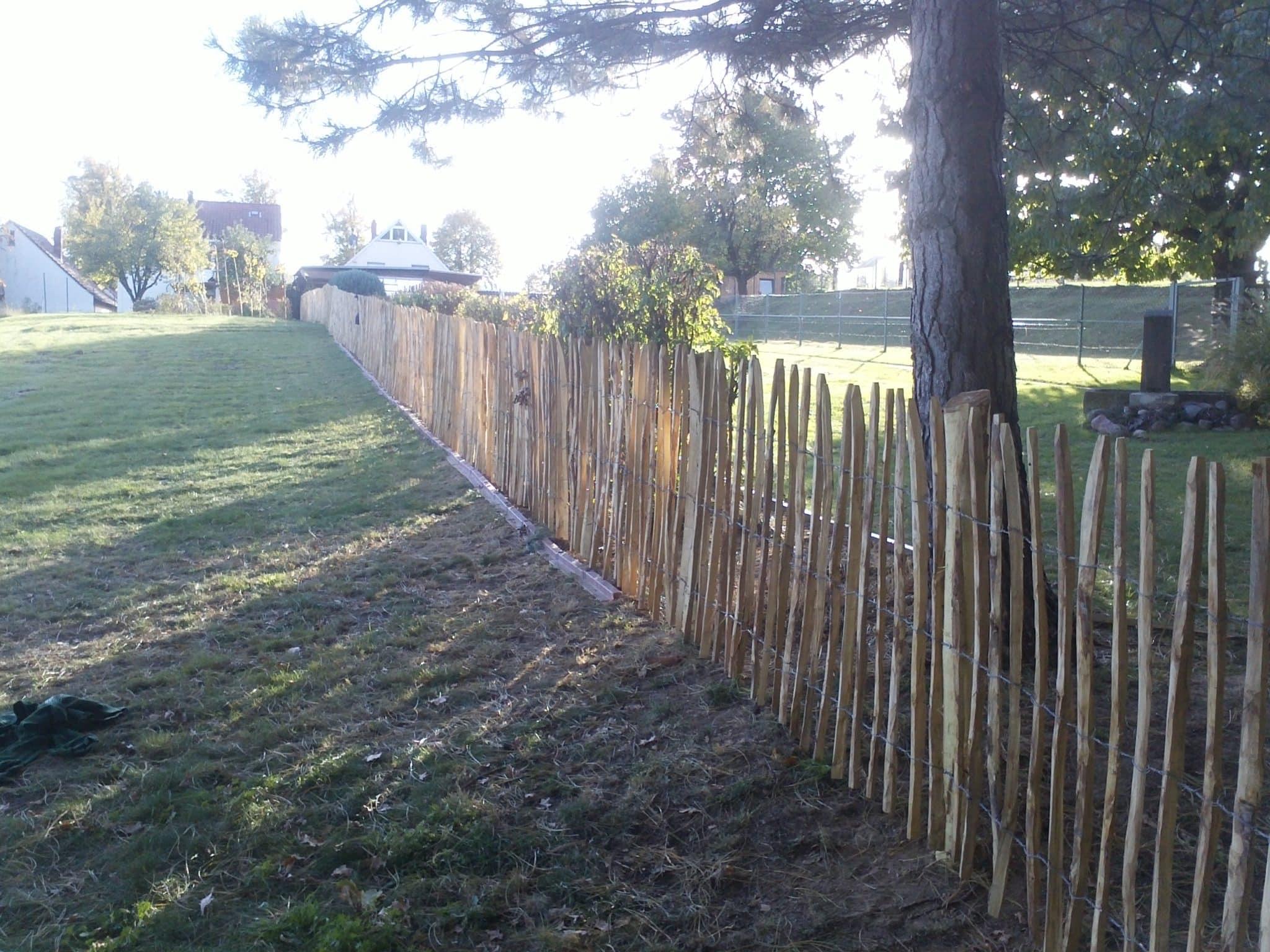 Hundezaun Staketenzaun als Gartenzaun