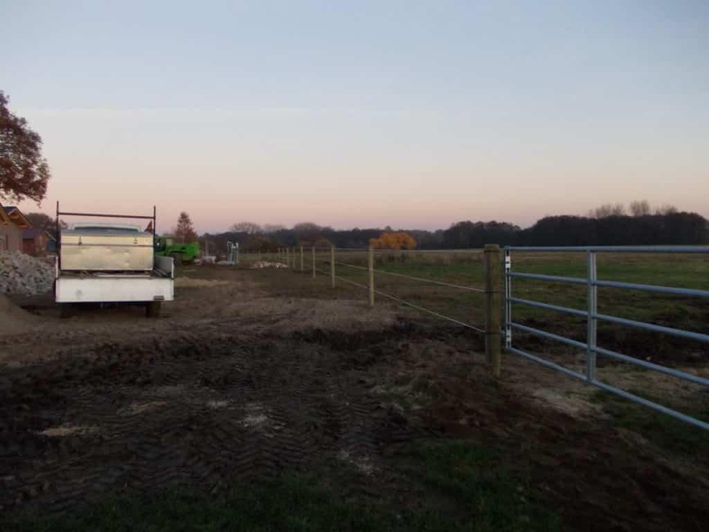 elektrischer Weidezaun in der Lüneburger Heide