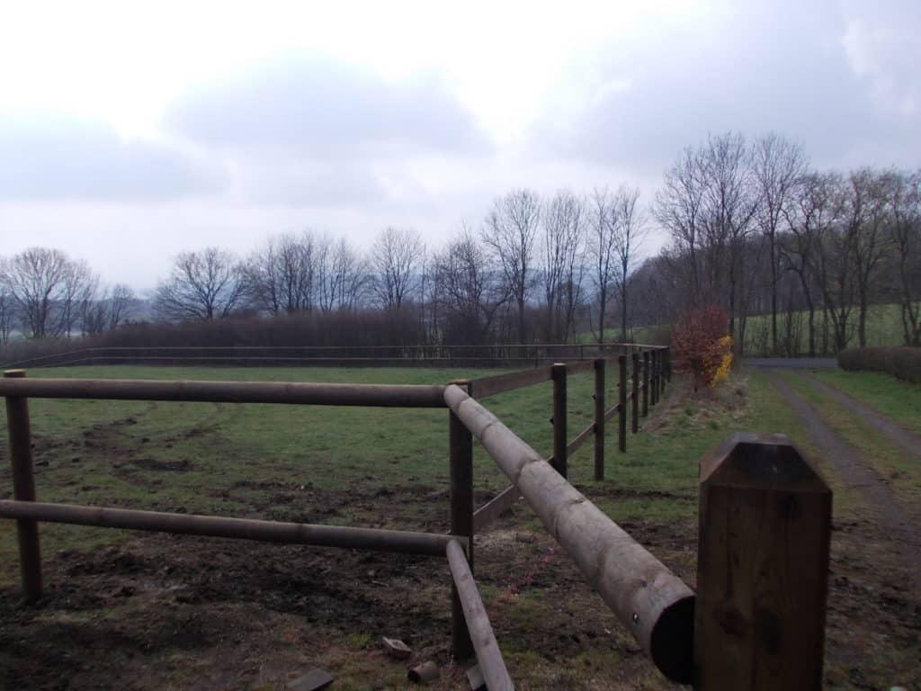 Ecklösungen bei Halbriegeln für Pferdehaltung