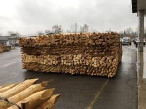 Robinienpfosten mit FSC nachhaltige Bewirtschaftung eurpäisches Hartholz Haltbare Pfosten